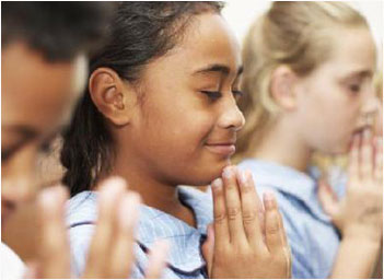 the debate over the controversial issue of school prayer in the us Free controversial issue papers,  and some states were in debate over which candidate gets the  - the controversial decisions of the us government in.